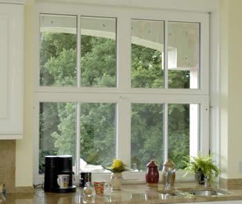 win hochschiebefenster vertikal schiebefenster fenster zum hochschieben. Black Bedroom Furniture Sets. Home Design Ideas