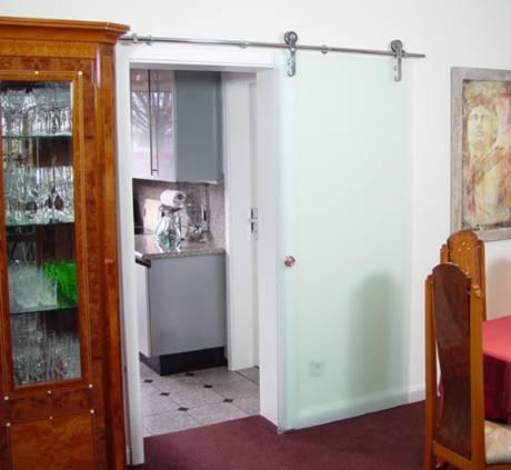 schiebet r glas k che. Black Bedroom Furniture Sets. Home Design Ideas
